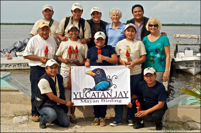 At the end of the 2013 Xoc-xic Birdathon, members of  Yucatan Jay Mayan Birding pose with their awards, joined by Pronatura's founder Joann Andrews, Cherie Pitillo and Juan and Ceci from Cancun's Green Jays. (Photo © Ivan Gabaldon).